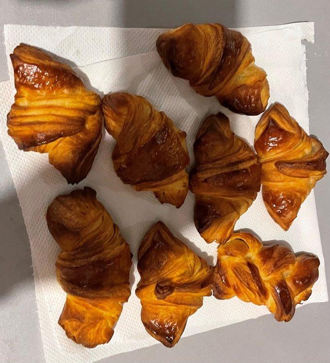 croissant 4.jpg